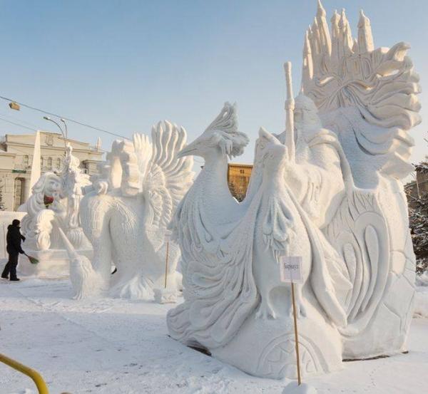ФОТО: ОХУ-ын Мөсөн баримлын...