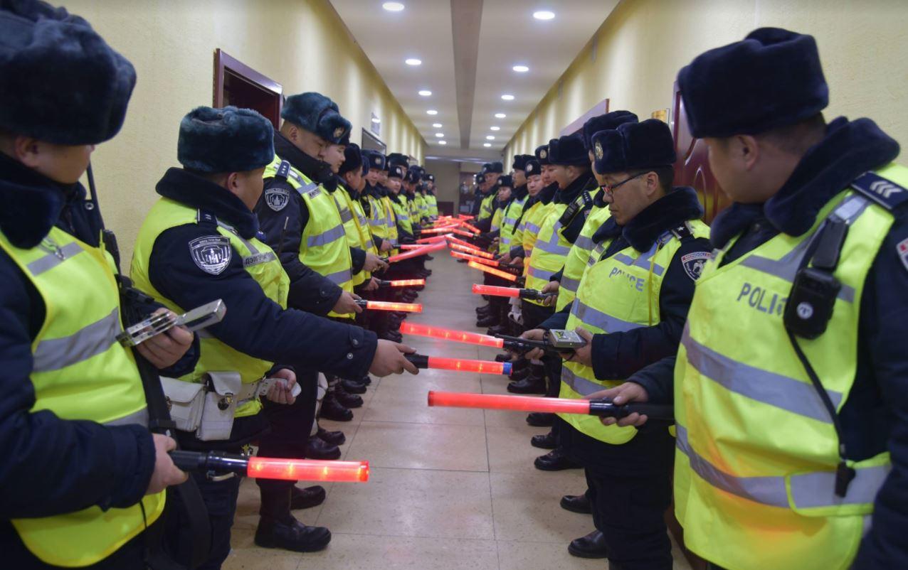 Замын цагдаа нар МАНСУУРУУЛАХ...