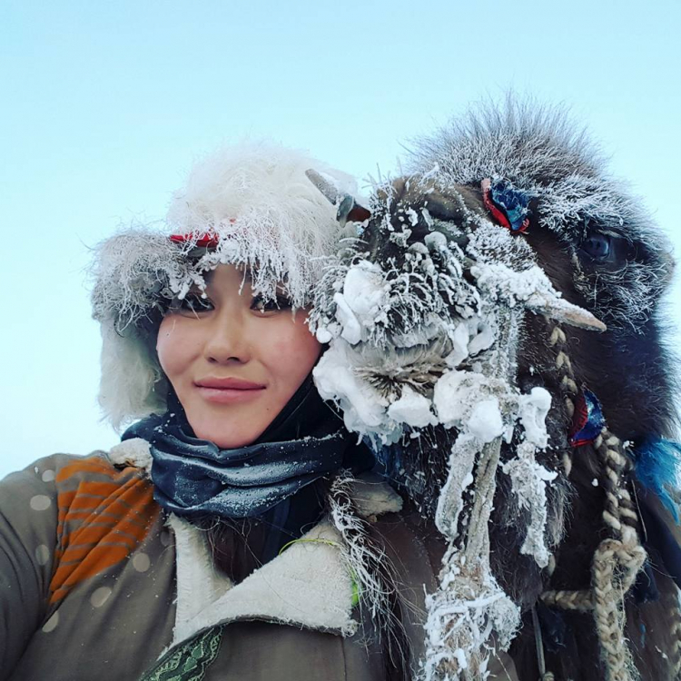 Тэмээтэй аялагч Н.Байгалмаа...