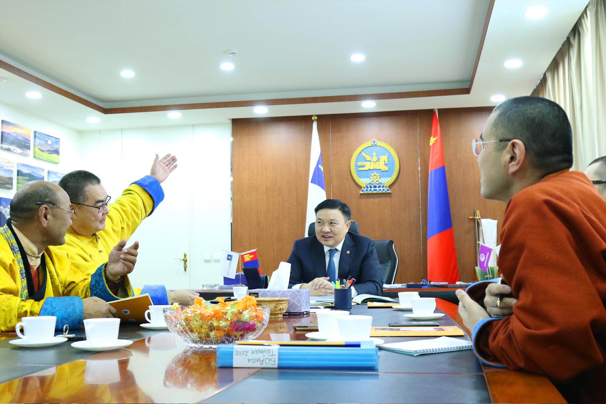 Сайд Н.Цэрэнбат: Монголчуудын байгалиа...
