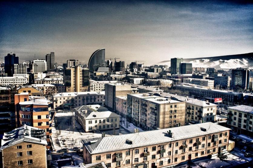 Нийслэл хотод ӨДӨРТӨӨ 15 хэм хүйтэн...