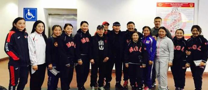 Монголын чөлөөт бөхийн тамирчид Бишкекийг