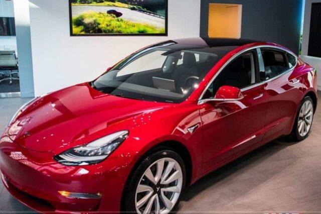Tesla_tsahilgaan_mashin_uildwerlegch
