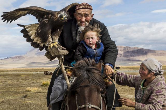 Kazakh Eagle_mongolia