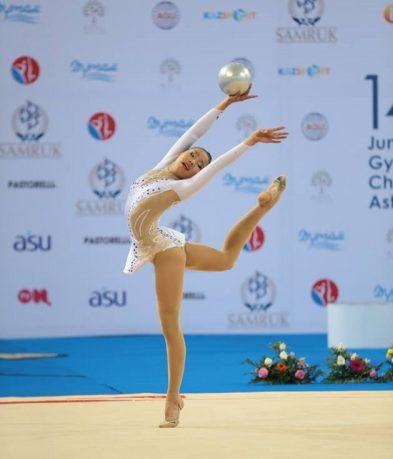 uran-saihnii-gimnastik